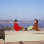 One late afternoon in Nov.  I saw Yung Su-na and her friend walking to Kunsan Park and joined them.  3of3